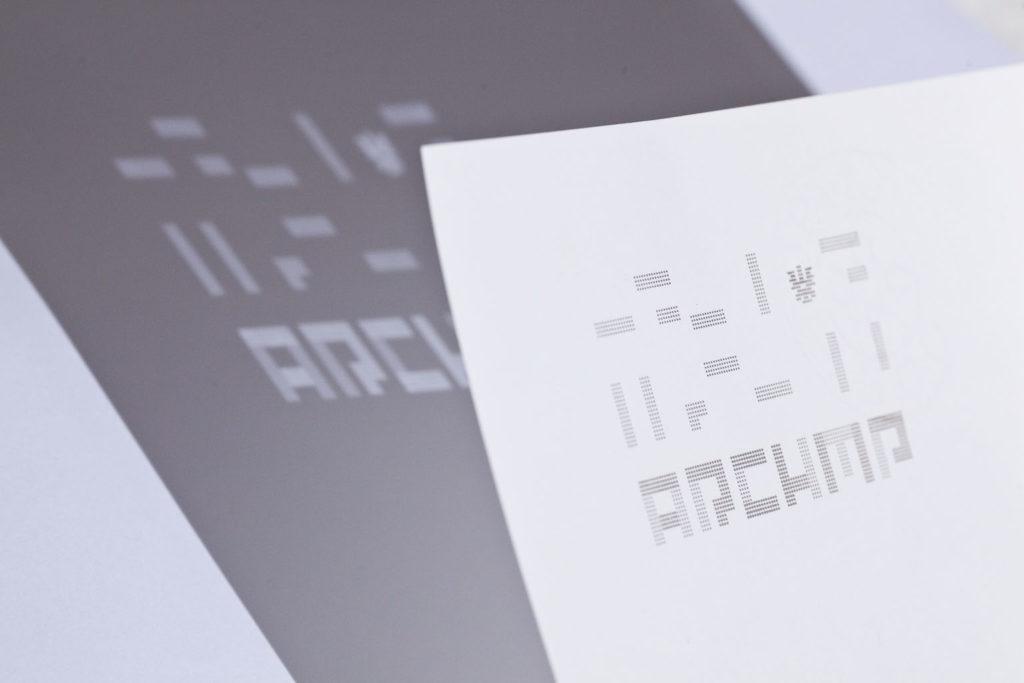 Dornbirner Architekturbüro. Logo gelasert. Licht und Schatten